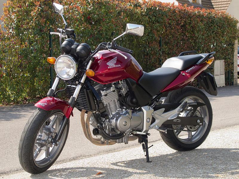 Honda CB 500 – kogo zadowoli?